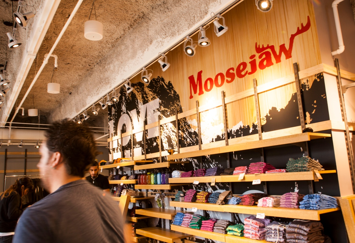Get free shipping on jackets, clothing and outdoor gear orders over $35, plus get 10% back in Moosejaw Rewards Points to earn free gear.